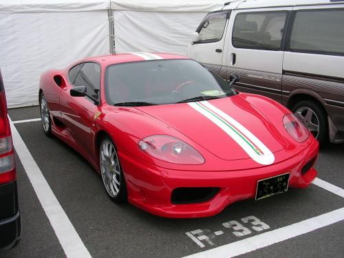こっ...このフェラーリは。。