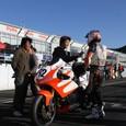 MOTO2ライダー國川選手から激励
